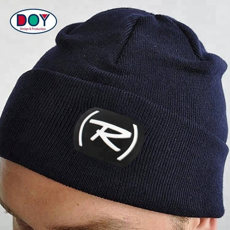 Cheap Custom Injection Embossed Silicone Felt Cloth Patches Labels with 3D Letter Logo for Hat