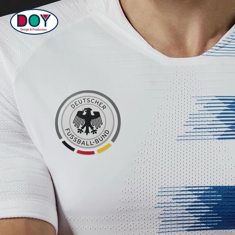 Design Custom 3D Football Club Logo Soft Rubber Silicone Heat Transfer Sticker for Soccer Jerseys
