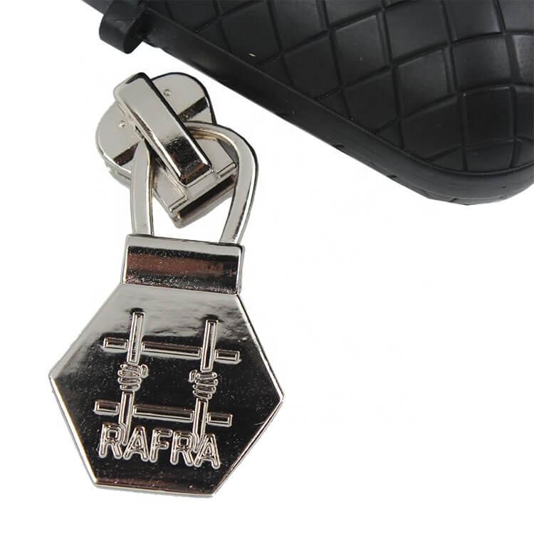 Fashion Design Custom Debossed Brand Logo Metal Zipper Pullers for Clothing