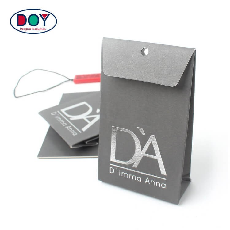 High Quality Custom Silver Foil Printed Garments Tags Recycled Paper Spare Button Bags with Pleats