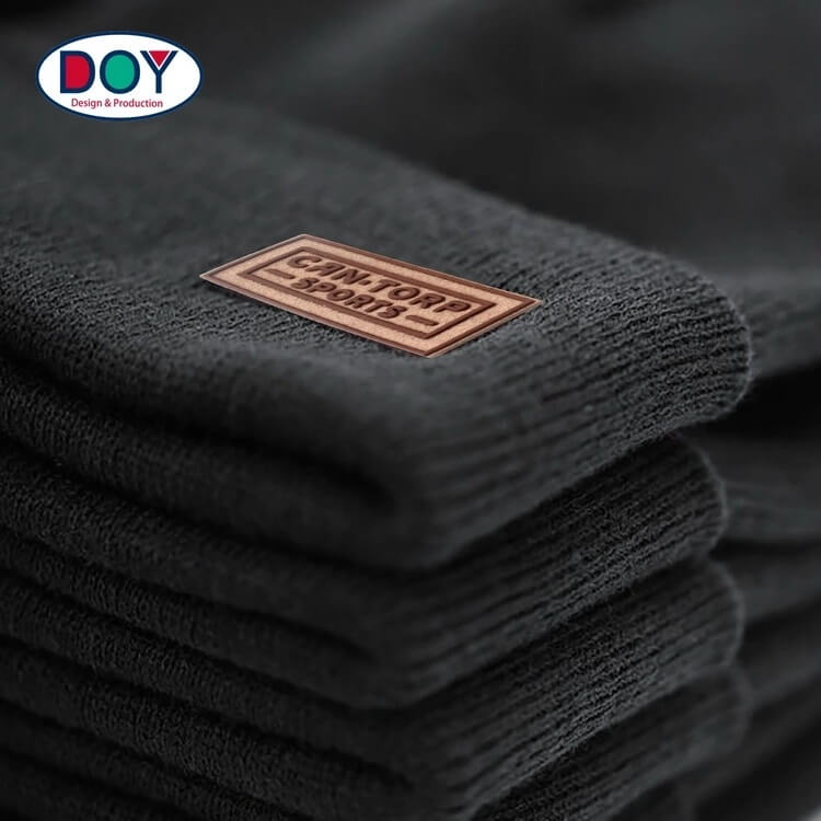 PVC Patch manufacturer Sew on Custom 3D Felt Silicone Suede Leather labels and patches no minimum